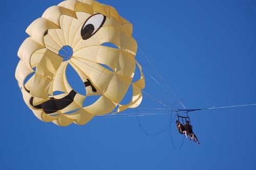 Oppe i luften ved Djarbas kyst