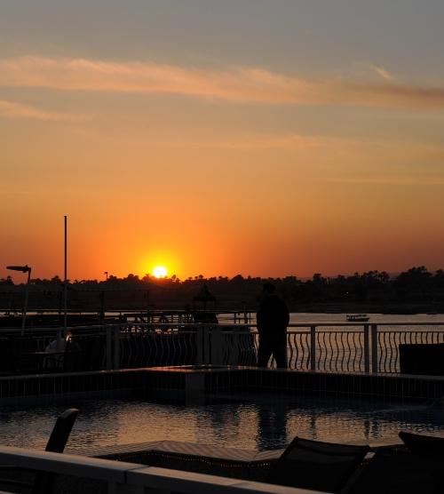 Solnedgang ved Luxor.