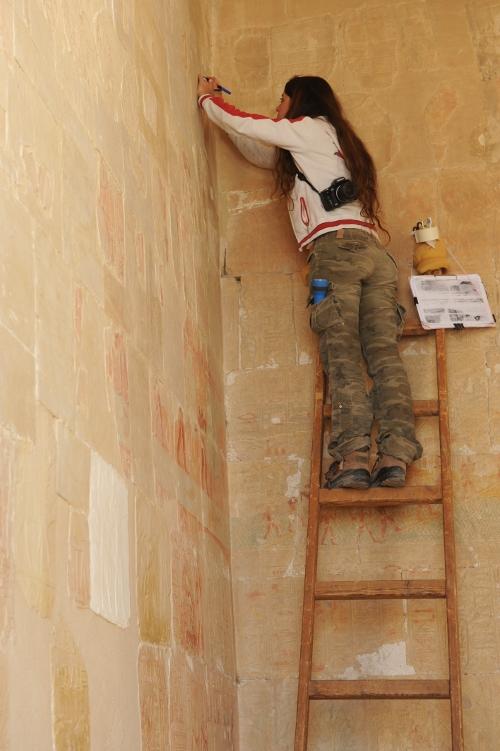 Vedligeholdelse af Hatshepsuts dødetempelet.
