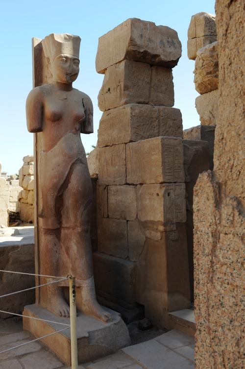 Karnaktemplet, statue.